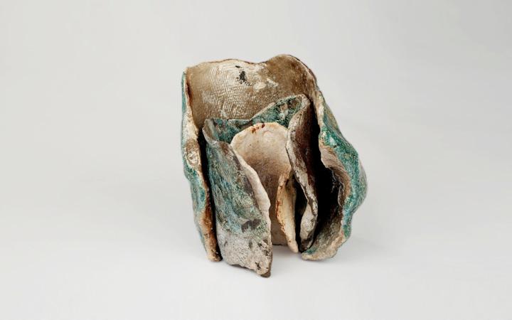 Exposição de pintura e cerâmica de Gracinda Leite