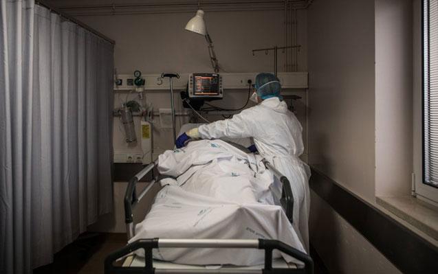 DGS não exagerou quando trabalhou sobre o pior dos cenários, diz diretor de infecciologia do Hospital de Setúbal