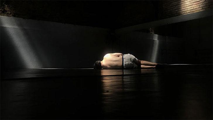 CCB | O DESPREZO > companhia auéééu | 8 a 11 outubro no Pequeno Auditório